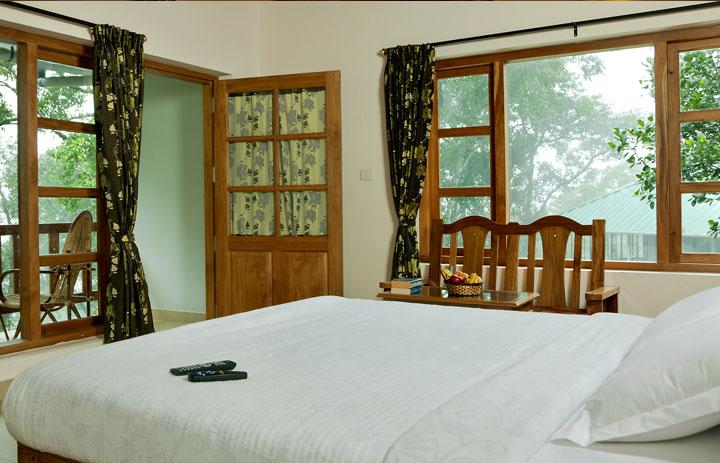 bracknell-forest-munnar-bedroom